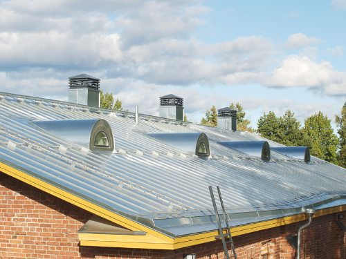 metal-roofing-contractor