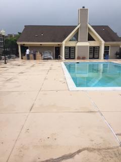 pool-apron-before-lifetime-coating