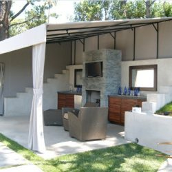 Custom patio shade awning with white awning fabric