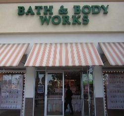 Custom storefront awning for Bath & Body Works