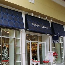 Commercial awning for Bath & Body Works