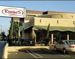Custom restaurant awning for Roman's