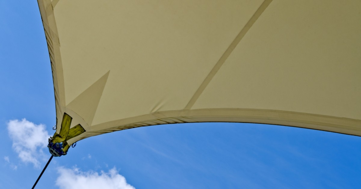 Benefits of a slide on wire awning