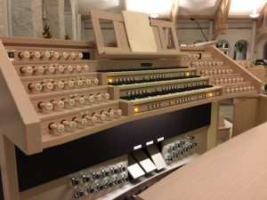 Viscount Hybrid Pipe Organ