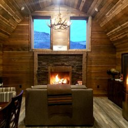 Comfortable Cabin Stay with Wood Fireplace