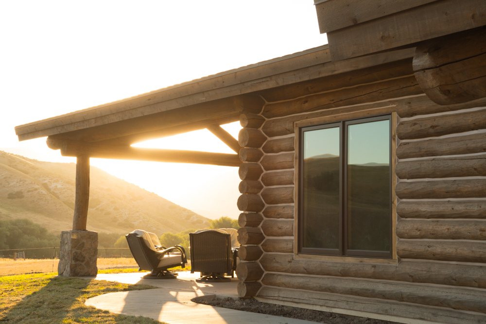 Hunting Cabin at West Canyon Ranch - Guided Hunting Adventure 3 Days and 3 Nights