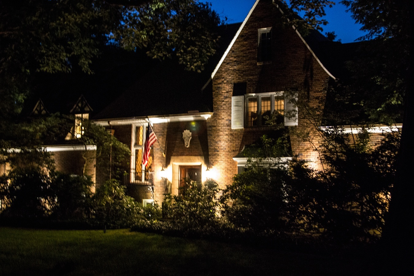 THEIR ALL-NEW LANDSCAPE LIGHTING DESIGN HELPED THESE AKRON, OHIO ...