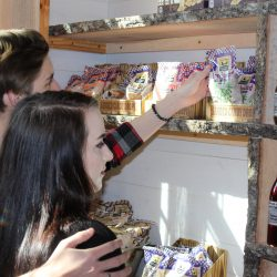 Image of Guests In Gift Shop