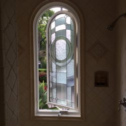 Opened stained glass design in a shower - Your Door Our Glass