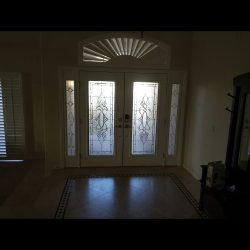 Immaculate Chelsea style glass door
